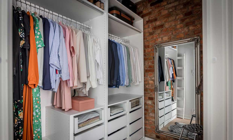 Cómo organizar la ropa de verano en el armario para que esté accesible y ordenada