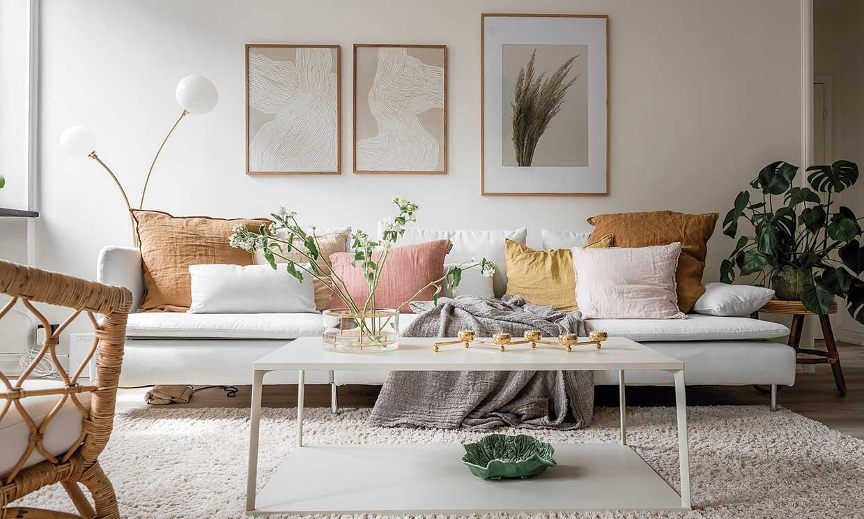 10 ideas geniales (y únicas) para dar vida a la pared del sofá