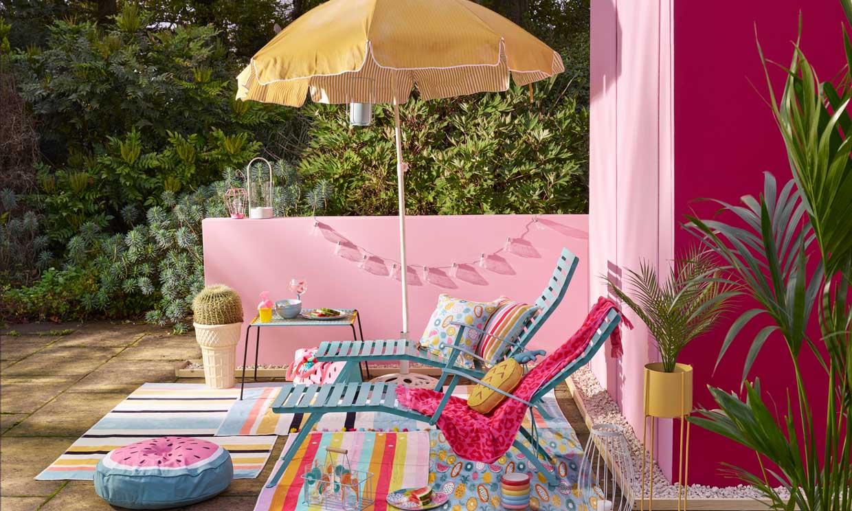 12 hamacas y tumbonas para el jardín o la terraza que puedes llevar a la playa o poner en el salón