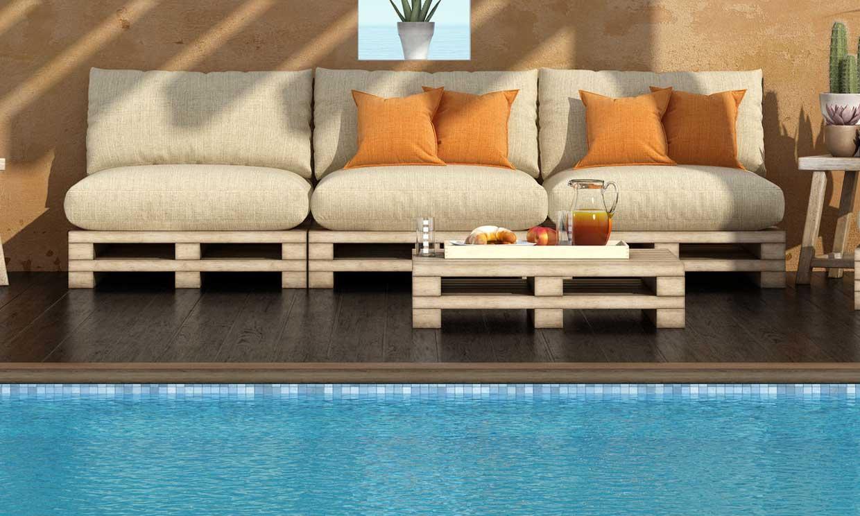 Construye un sofá con palets de madera para el jardín o la terraza