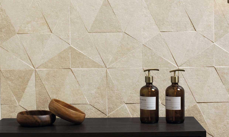 Revestimientos a la última para renovar las paredes del cuarto de baño