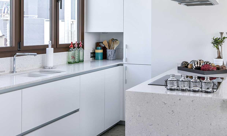 La ubicación ideal del fregadero y de la placa de cocción
