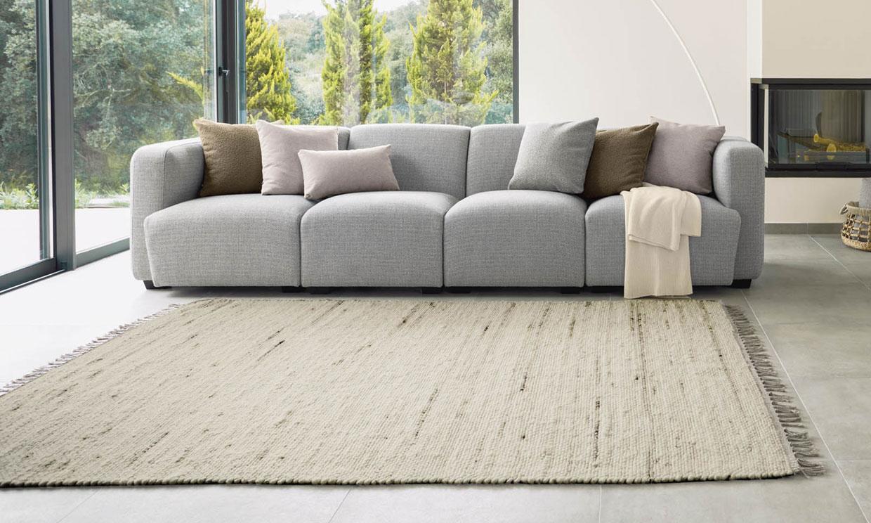 Renueva y da un plus de calidez a tu salón con estas alfombras de tendencia