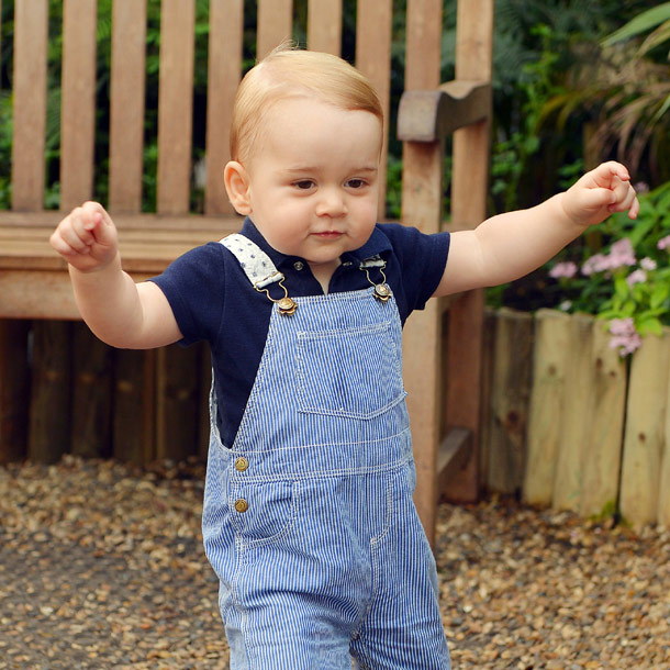 ¡Cómo ha crecido! Los pasos del príncipe George en el nuevo retrato oficial por su cumpleaños