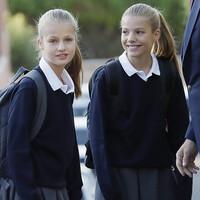 Lo que las mochilas escolares de las princesas Leonor y Sofía revelan sobre su personalidad