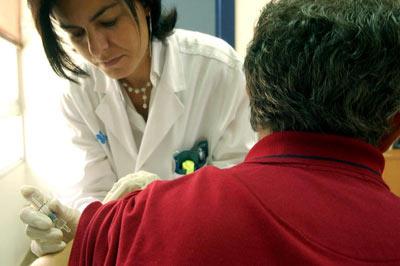 La vacunación, el mejor método para prevenir la gripe