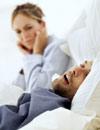 Los ronquidos, algo más que unos molestos 'compañeros de sueño'
