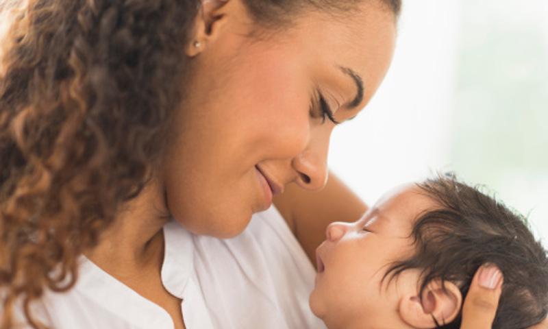 ¿Qué ocurre en el cerebro de una madre para que llegue a dar la vida por la de su hijo?