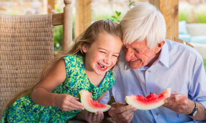 Consejos para evitar que las personas mayores sufran golpes de calor