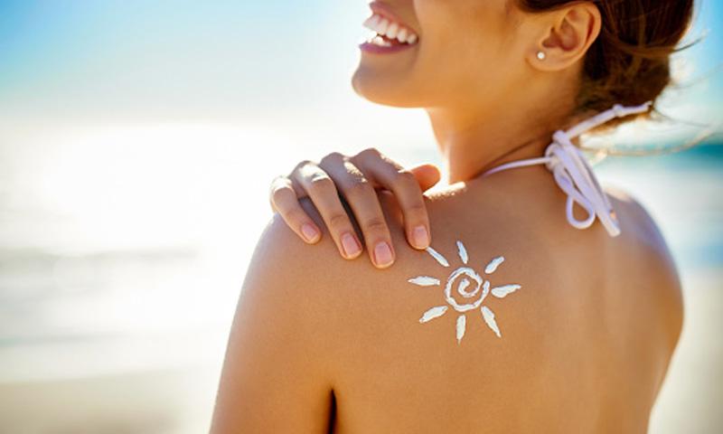 Fotoprotección oral, el secreto para evitar el daño solar en las capas más profundas de la piel