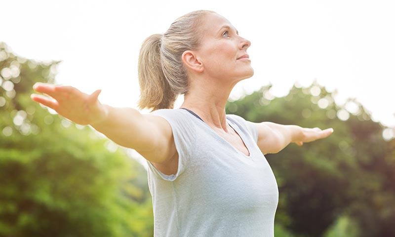 Practica ejercicio para retrasar la aparición de las arrugas