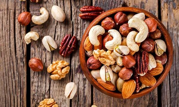 los mejores frutos secos para bajar de peso