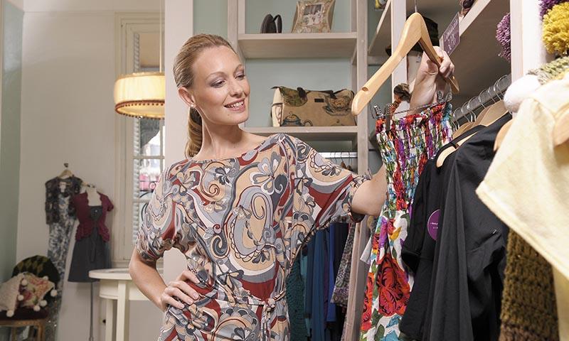 Las prendas vintage hacen tu armario más sostenible