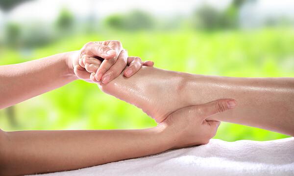 ¿Qué causa la mala circulación en los pies?