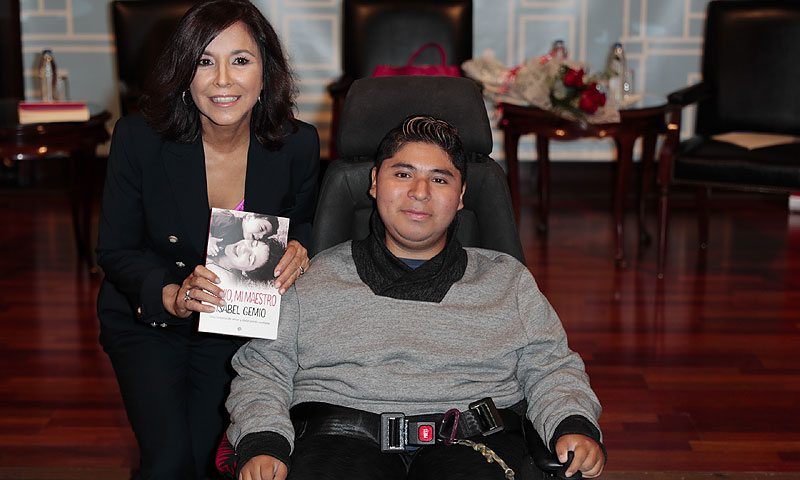¿Qué es la distrofia muscular que sufre el hijo de Isabel Gemio?