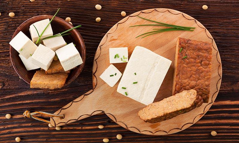 Estas son las diferencias entre el tofu y el 'tempeh'
