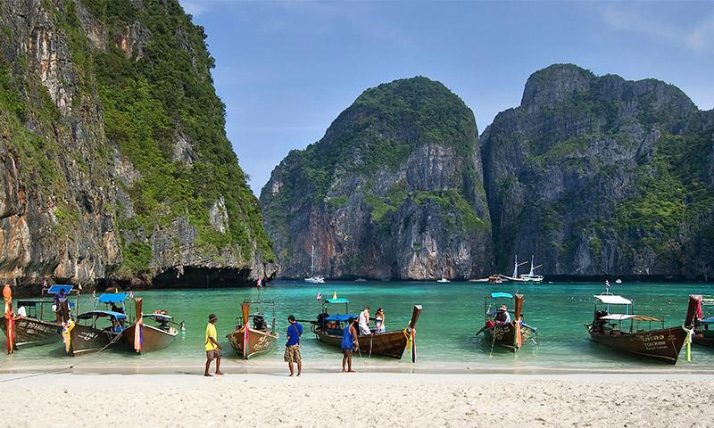 Maya Bay, el escenario donde Leonardo DiCaprio rodó 'La playa', comienza a recuperar su ecosistema