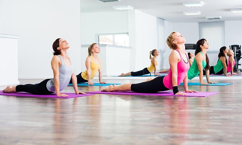 Yoga y musicoterapia: dos disciplinas clave contra la artritis psoriásica