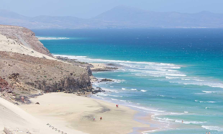 Amigos de lo ajeno ponen en peligro la playa de 'las palomitas' en la isla Fuerteventura