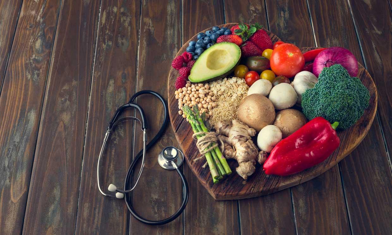 Así afectan los alimentos (para bien y para mal), si tienes el colesterol alto