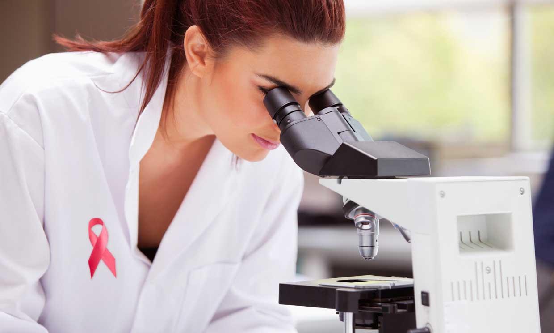 Un nuevo tratamiento consigue cronificar el cáncer de mama triple negativo metastásico