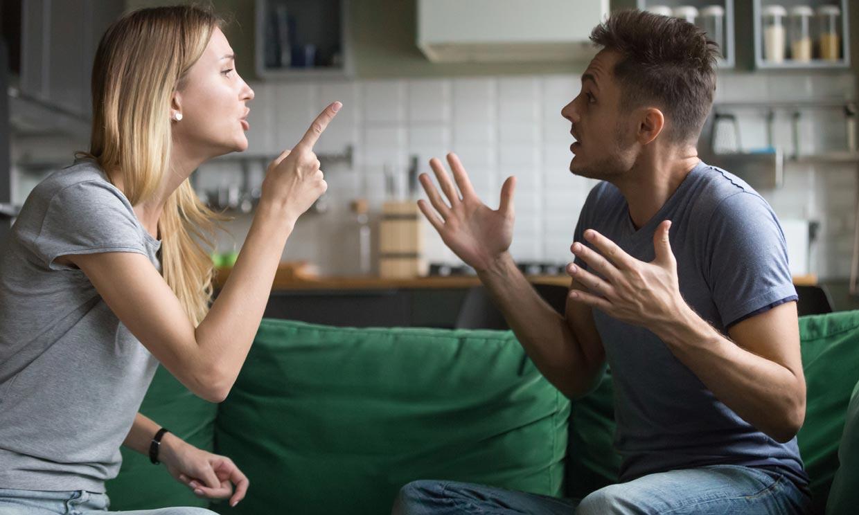 ¿Por qué las parejas discuten más en vacaciones?