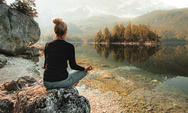 Cómo meditar ayuda a frenar el paso del tiempo
