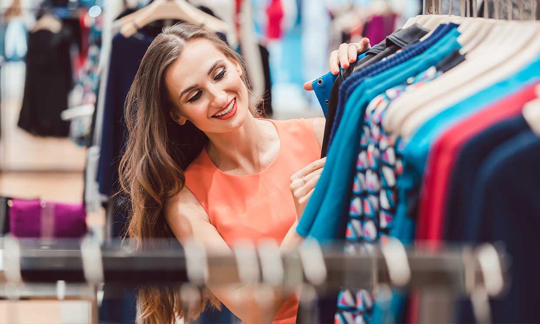 Ropa de segunda mano, tiendas 'vintage'... ¿nos ayudan a ser más ecológicos?
