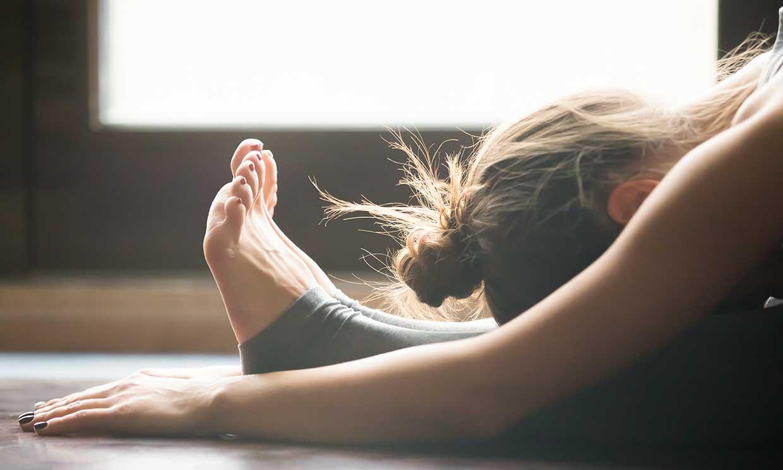 6 posturas de Pilates que puedes hacer para mejorar la circulación en la cuarentena