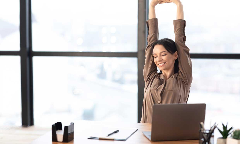 Rutinas de ejercicios exprés para cuidarte mientras teletrabajas