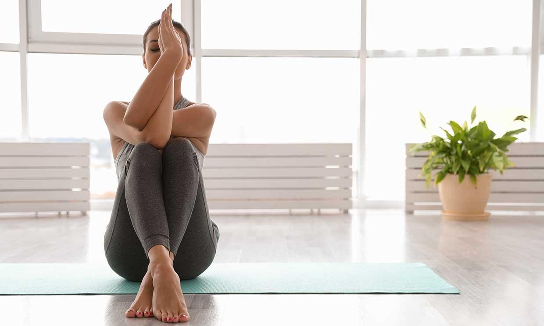 10 posturas de yoga para hacer a primera hora del día