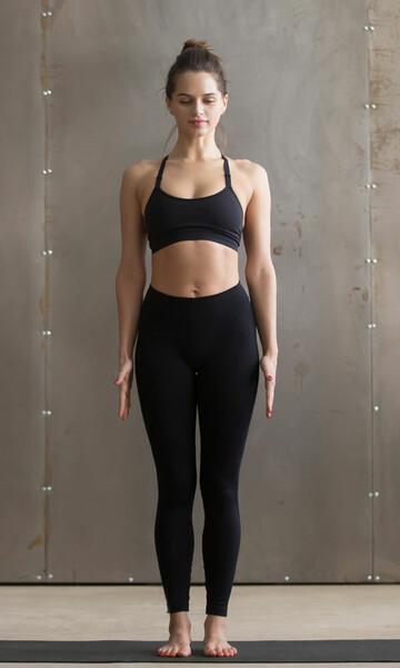 Posturas De Yoga Para Principiantes Y Tener Mas Flexibilidad Foto 1