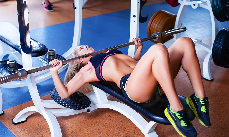 Errores que pueden estar echando a perder tu entrenamiento en el gimnasio