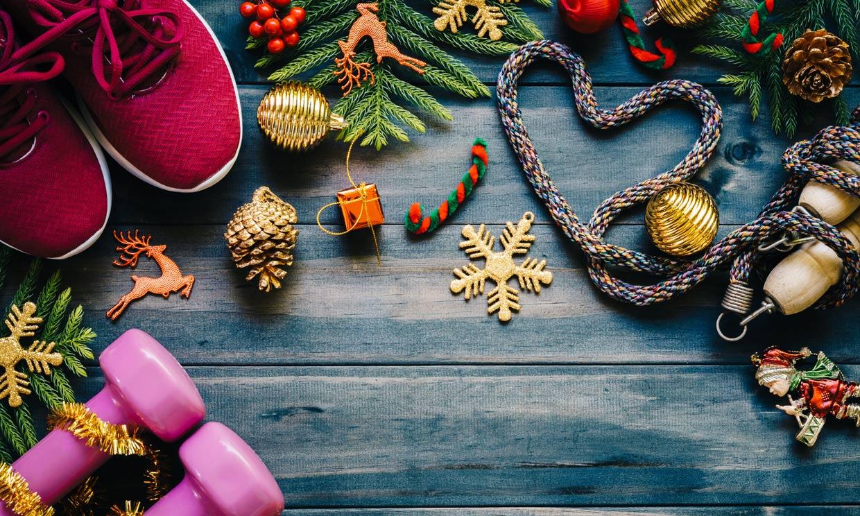 Combate los excesos navideños con estos nueve ejercicios para hacer entre comilonas