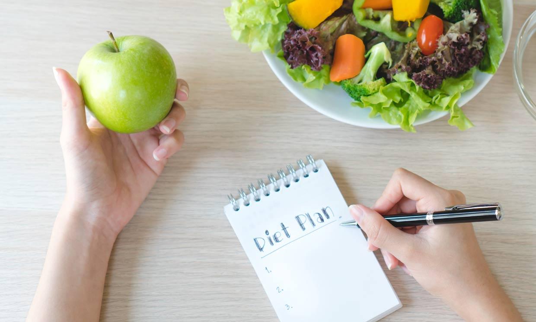 ¿Cuáles son las mejores (y más saludables) dietas para perder peso este año?