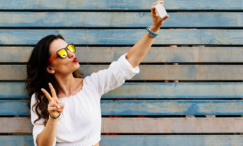 'Quiero parecerme a esta imagen mía con filtro': ¿has oído hablar de la dismorfia del 'selfie'?