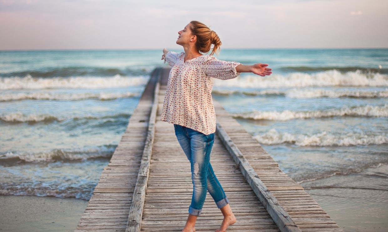 Sí, estar cerca del mar tiene muchos beneficios psicológicos