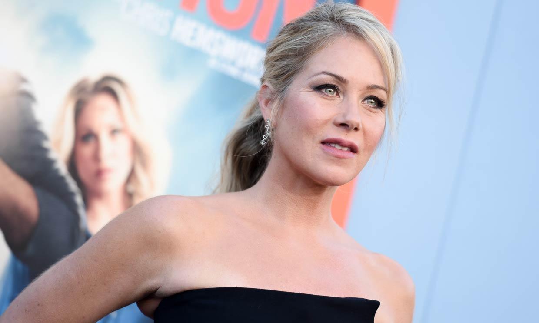 Esclerosis múltiple, la enfermedad diagnosticada a la actriz Christina Applegate