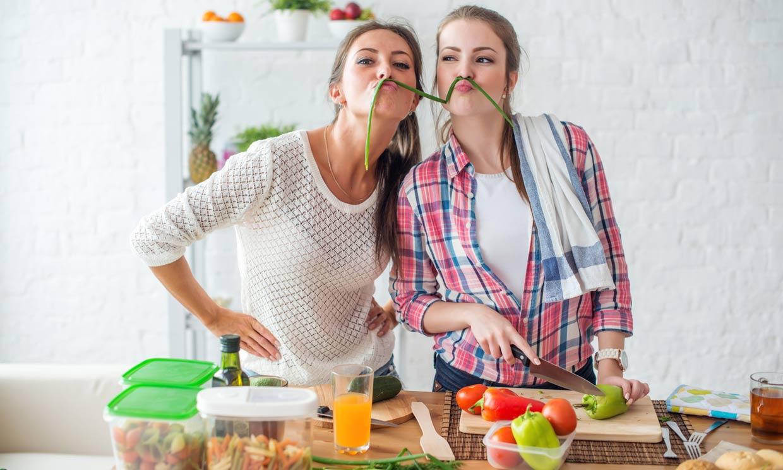 Alimentos ideales para tus cenas ligeras si quieres perder peso y dormir mejor