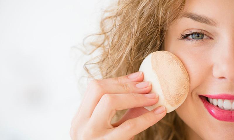 El tratamiento del acné: ¿Qué debes saber antes de recurrir al maquillaje o a remedios caseros?