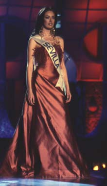 Primeras declaraciones de Lola Alcocer tras renunciar a ir a Miss Mundo