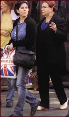 Sara Montiel viajó a Londres para visitar a su hija Thais