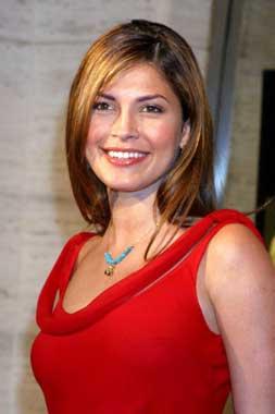 Justine Pasek, Miss Universo 2002, como nunca había posado antes