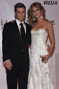 Ariadne Artiles y Fonsi Nieto ya son marido y mujer
