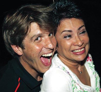 Manuel Díaz 'El Cordobés' sorprendió a su esposa con una divertida fiesta