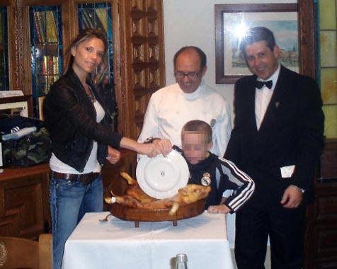 Victoria Beckham celebra su cumpleaños con una sencilla cena en casa