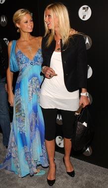 Paris Hilton convirtió su casa en el 'Club Paris' para sorprender a su novio