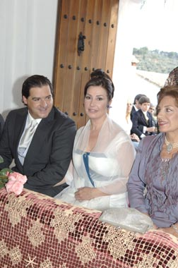 Las imágenes de la boda religiosa de Carmen Martínez-Bordiu y José Campos