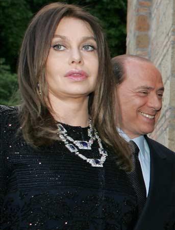 Silvio Berlusconi y su mujer, Verónica, airean sus discusiones en los diarios de mayor tirada