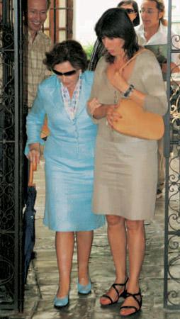 carmen martinez bordiu abuela: